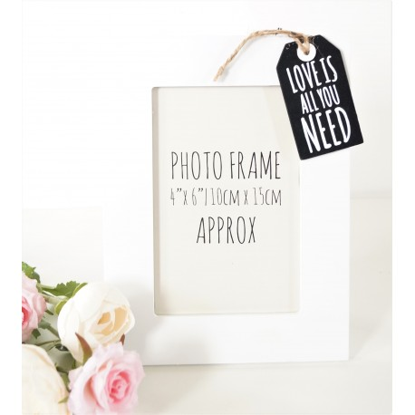 tag style wooden photo frame 4x6 family