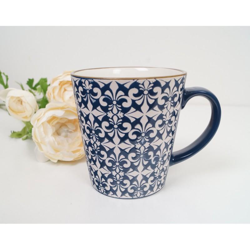 Stylish Mosaic Blue And White Decorative Mugs Set Of 2