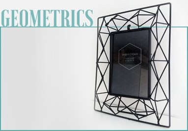 black-metal-geometric-design-3d-photo-frame